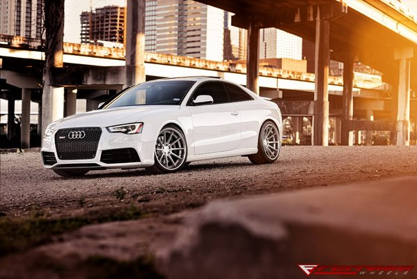 FR4 Machine Silver / Chrome Lip SIZE :- 20X10.5 et28 & 20x11.5 et30 2015 Audi RS5\\n\\n18/10/2016 13:06