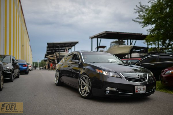 Ferrada Wheels FR2 Machine Silver / Chrome Lip. Size: 20x10.5 2015 Acura TL Bagged\\n\\n18/10/2016 12:13