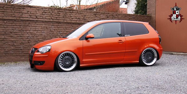 VW Polo on 18 inch CSR1D's in Carbon Graphite\\n\\n17/10/2016 13:41