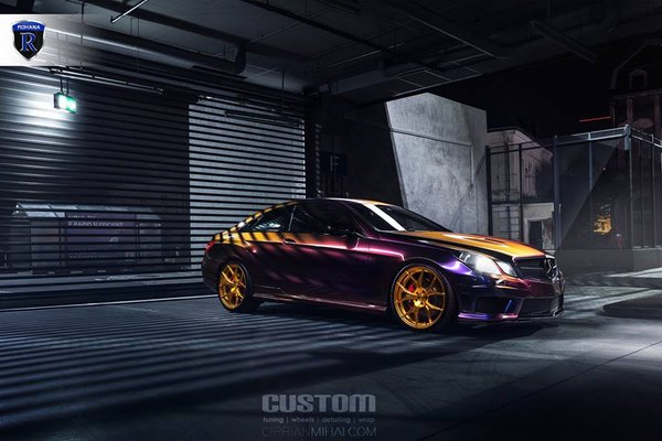 Mercedes E-class with a twist sporting the RFX5 in Gloss Gold. 20x9 20x10\\n\\n28/06/2017 13:00