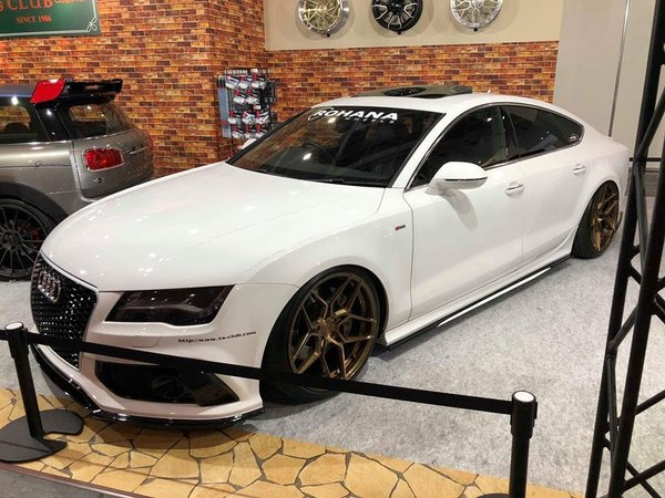 Rotary Forged RFX11 brushed bronze on Audi A7 at Osaka Auto Messe\\n\\n27/02/2018 07:34